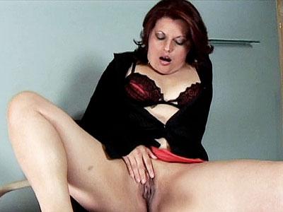 Pretty BBW Suelen Monteiro Pussy Poundng