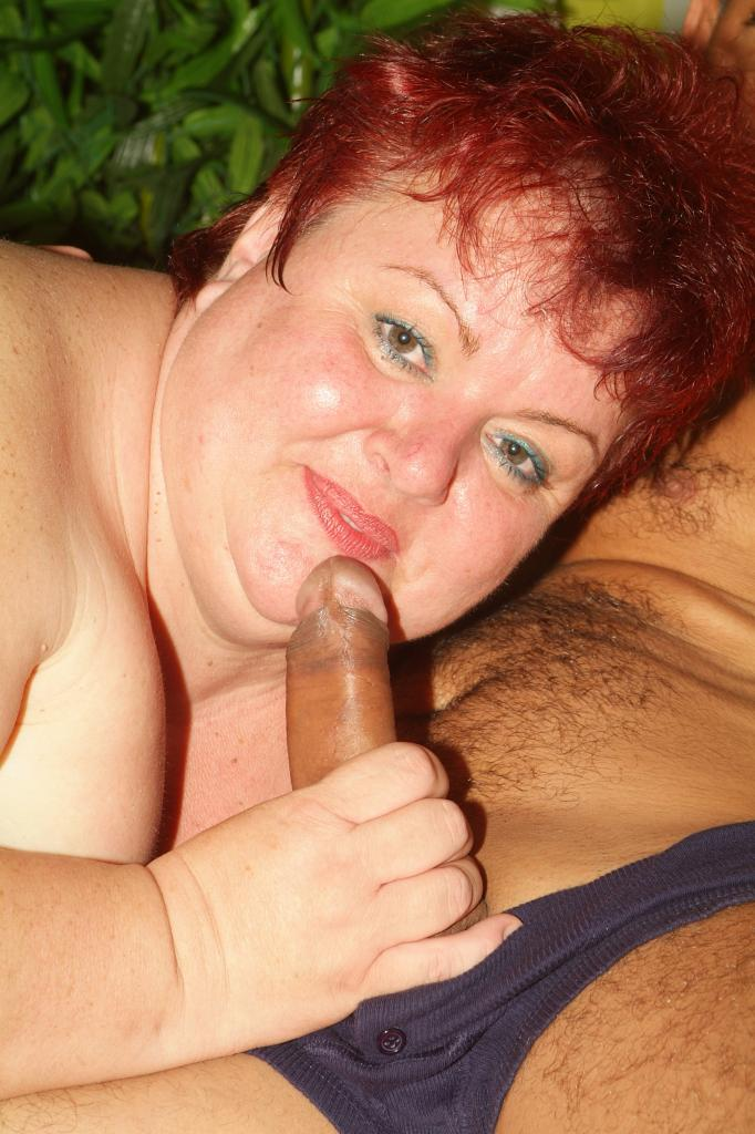 Mature BBW Pussy Lapped